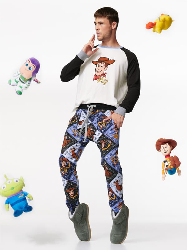 b0413b28154aa Pull on your new PJs, jump on your trusty steed and join Woody and Bullseye  on a bedtime adventure.