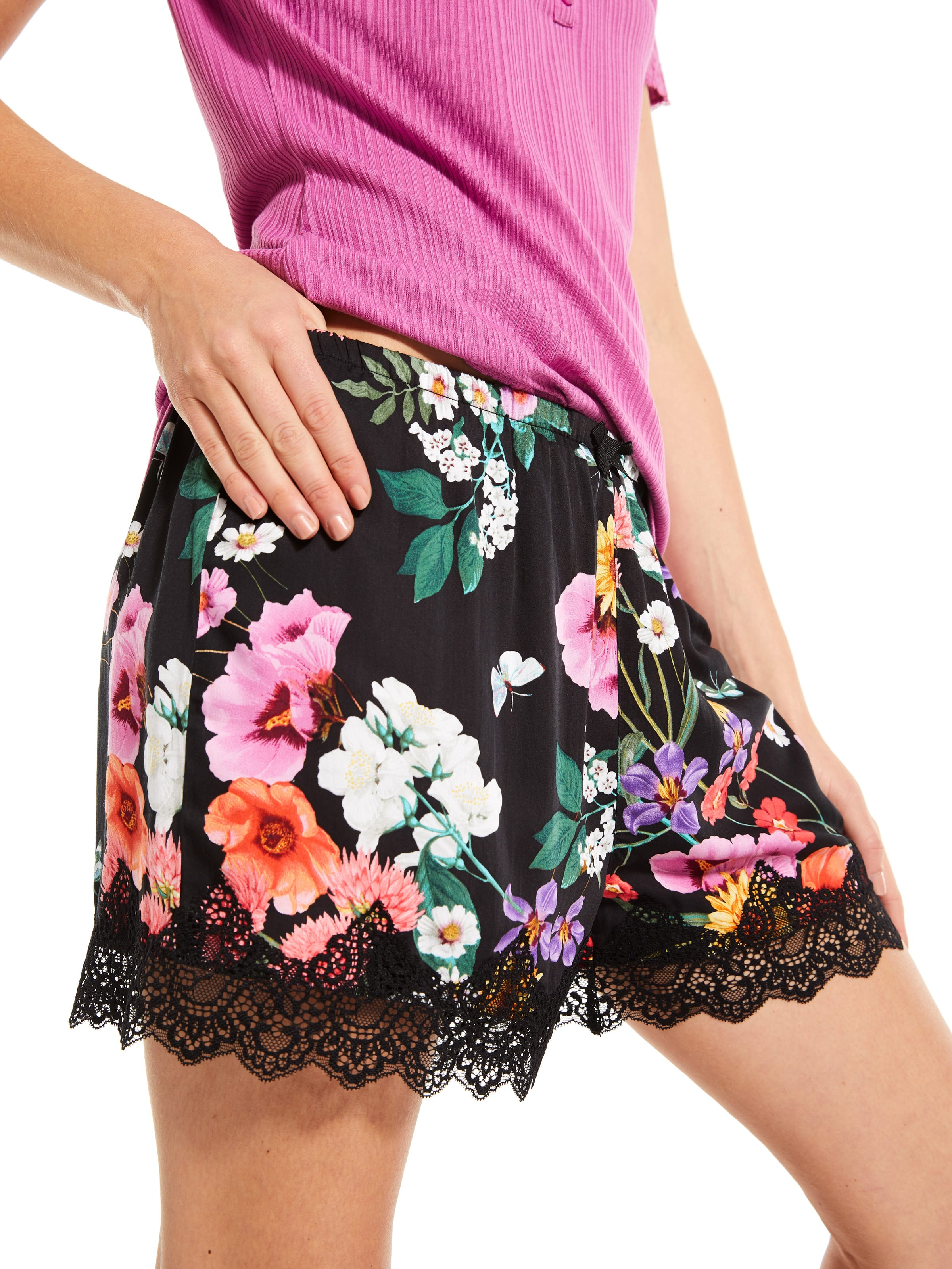 Forest Floral Lace Mid Short